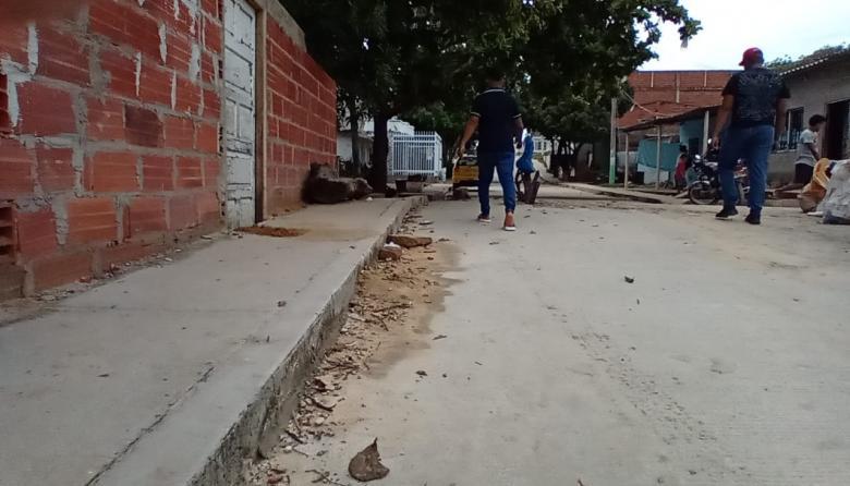 A bala asesinan a hombre y dejan herido a su hermano en el barrio La Manga