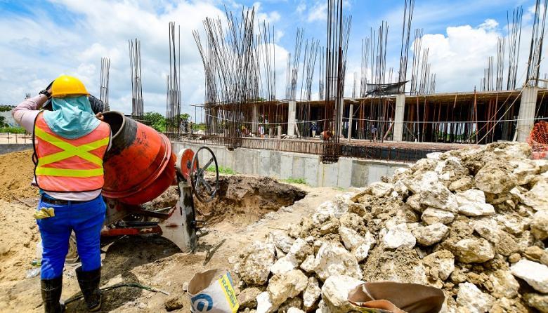Aceleran obras de nueva sede del hospital Juan Domínguez Romero