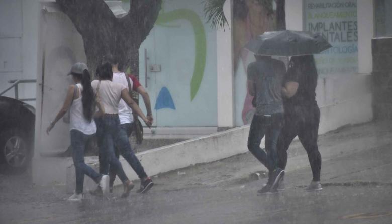 En imágenes   Miércoles bajo la lluvia en gran parte del sur y norte de Barranquilla