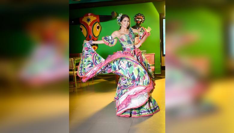 Paula Sarmiento, Reina del Carnaval de la 44 2022