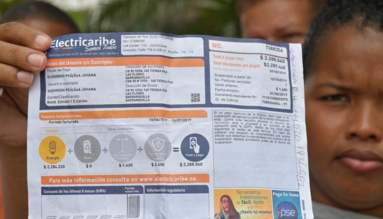 """""""No somos estrato 4 para que nos llegue una tarifa de $2 millones"""": habitantes de Las Flores a Electricaribe"""
