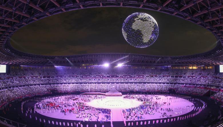 Espectacular show aéreo de 1824 drones en la inauguración de los Juegos Olímpicos