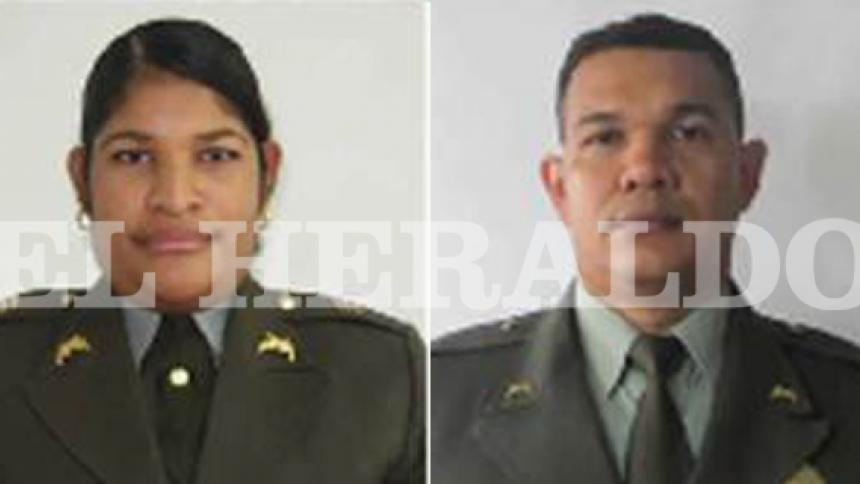 La capitana Danis Mercado, víctima del hecho y el sargento Mojanel Casares, involucrada en el caso.