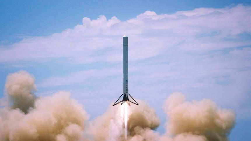 Spacex anuncia que este jueves lanza cohete reciclado