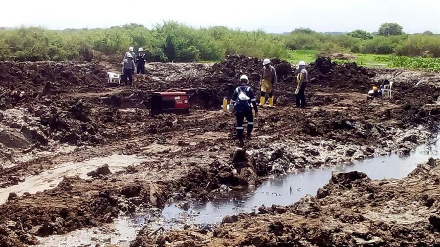 Emergencia por derrame de crudo en ciénaga de Tamalameque