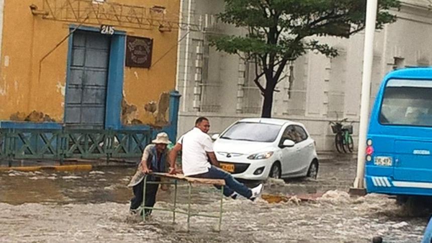Inundación y rebusque en Santa Marta