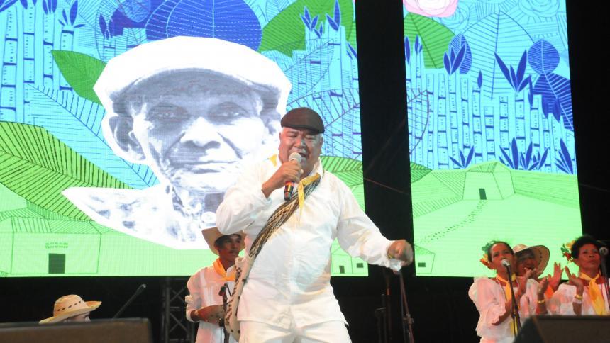 La Noche del Río le cantó a la obra de Magín Díaz