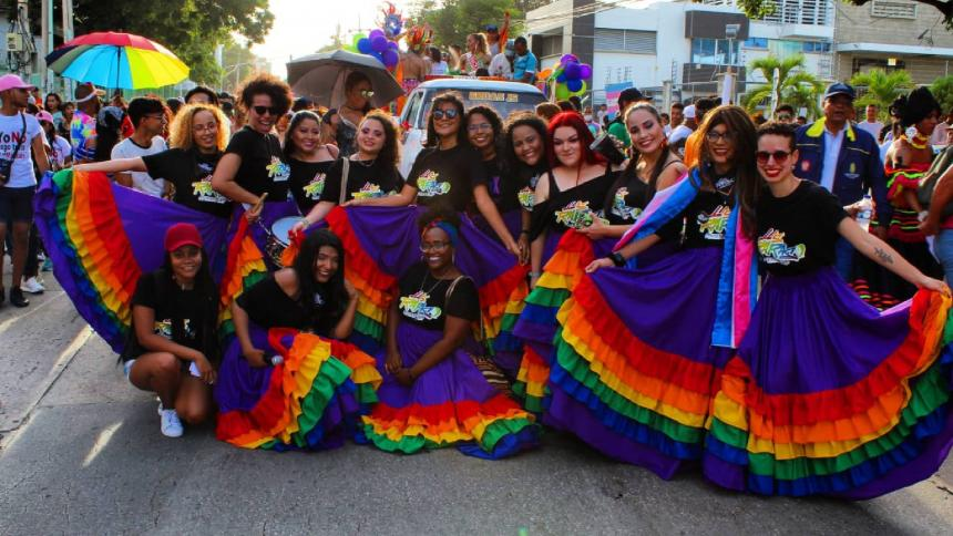 Debut de las Raras del Folclor en la tarima del Orgullo LGBT  en 2019.