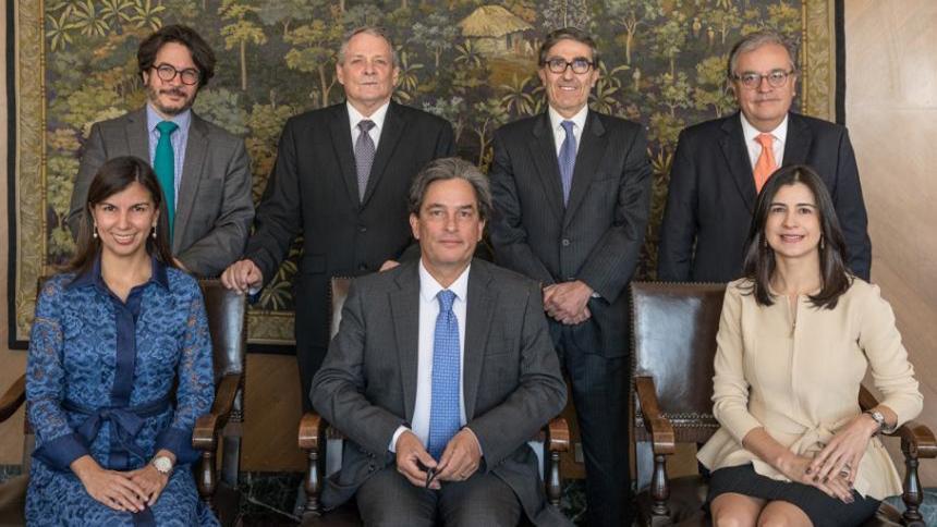 Economía colombiana se mantiene sólida frente a choques externos: Minhacienda