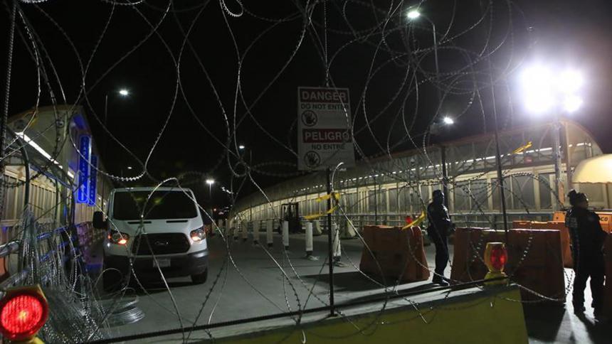Cruces fronterizos entre México y EEUU se vacían ante restricciones por coronavirus