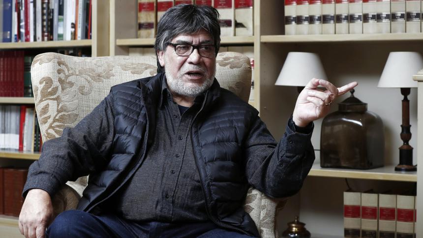 El escritor chileno Luis Sepúlveda muere a los 70 años por coronavirus