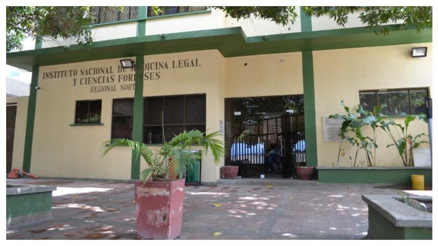 Fachada de Medicina Legal.