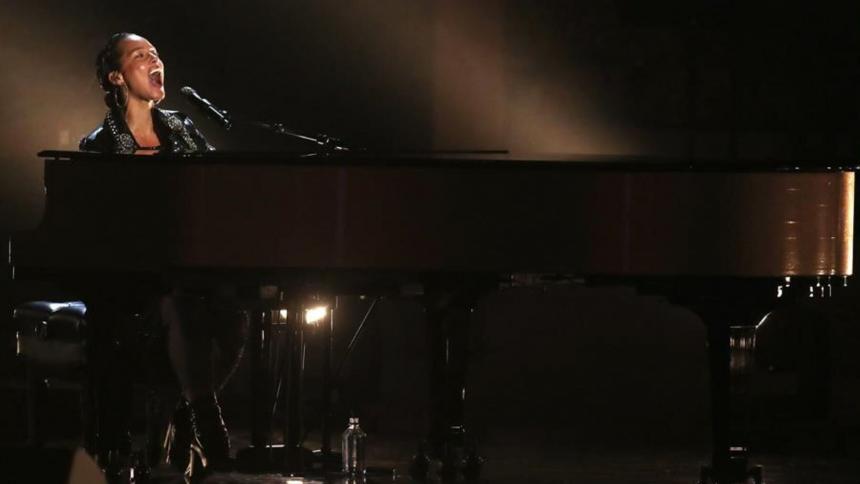 Alicia Keys aplaza su gira mundial por la pandemia