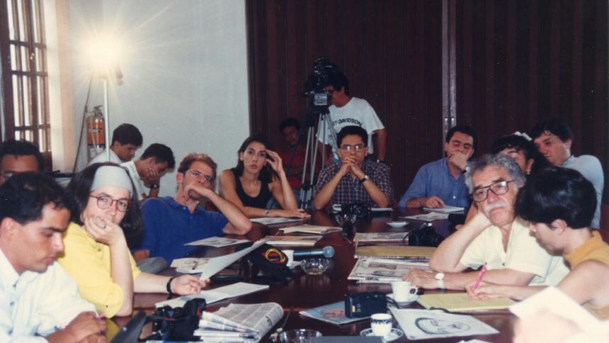 Momento del taller dictado por García Márquez en una antigua sede de EL HERALDO en 1995.