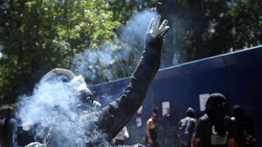 Vandalizan la Embajada de EEUU en México en protesta por George Floyd
