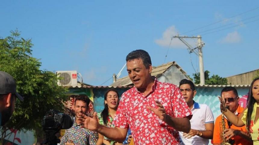 Arnovis Fontalvo, salsero de Barranquilla.