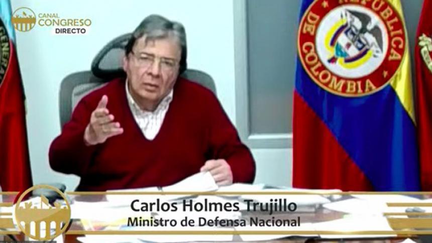 """""""Gobierno no tiene que ver con ningún intento militar contra Maduro"""""""