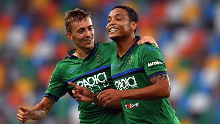 El delantero Luis Fernado Muriel celebra uno de sus goles con el Atalanta.