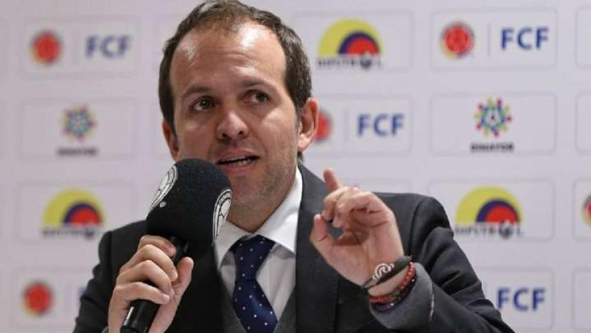 Ernesto Lucena, Ministro del Deporte.