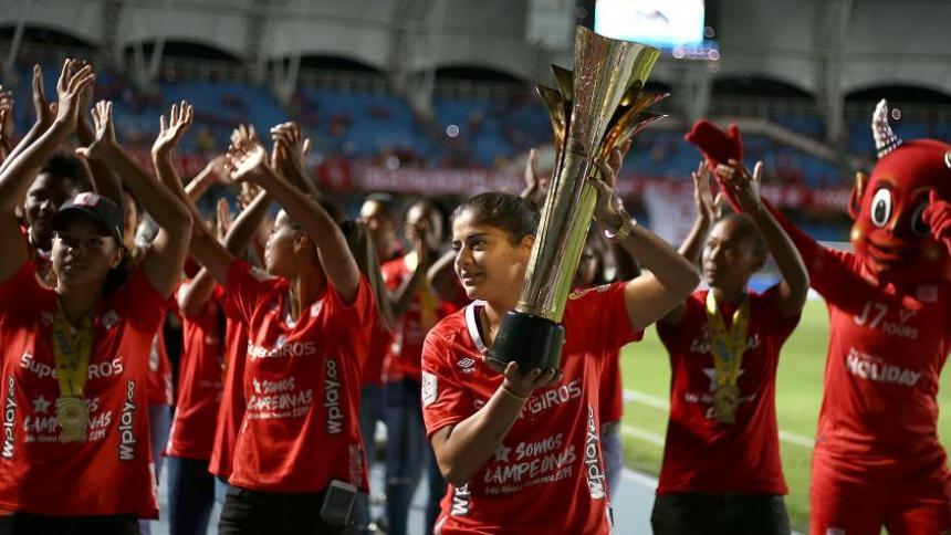 Así fue el festejo del América de Cali cuando ganó el título de la Liga Femenina.