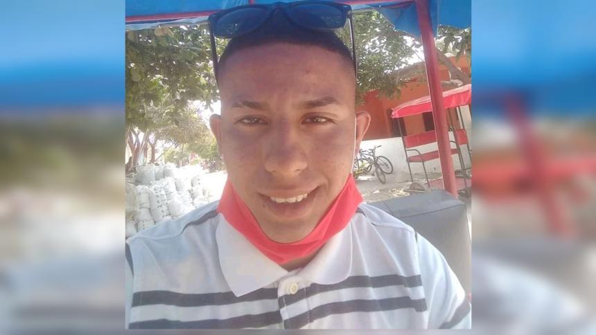 Reportan la desaparición de un joven desde hace 6 días en Las Flores