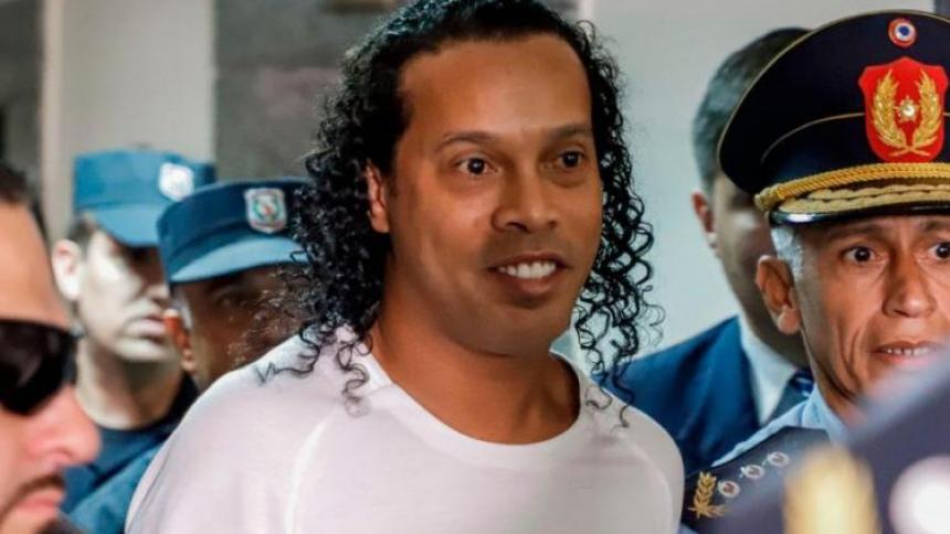 Revés judicial de Ronaldinho en Paraguay