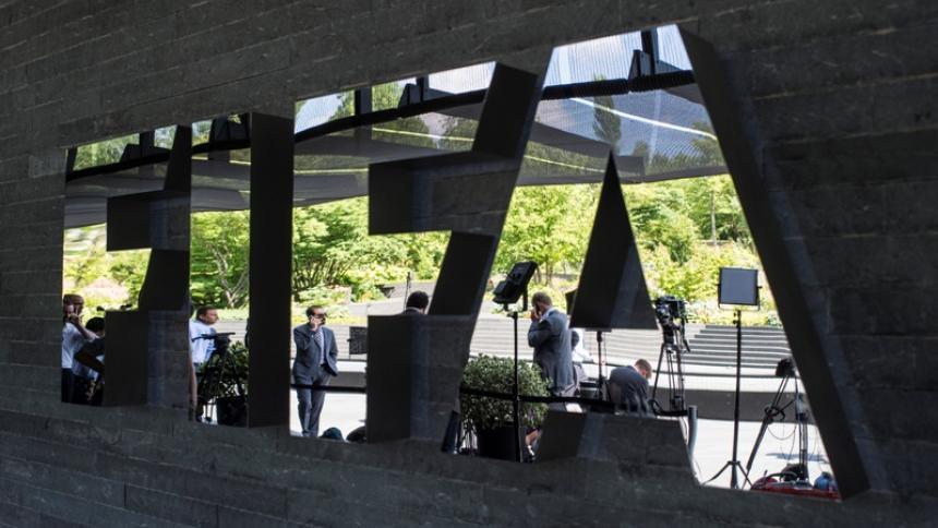 La Fifa consultó a las federaciones sudamericanas para decidir el aplazamiento.