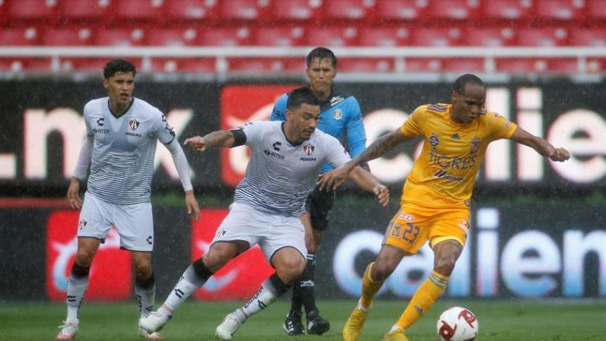 Luis Quiñones aportó su habilidad y velocidad al ataque de Tigres.
