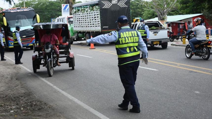 Realizan controles en municipios del Atlántico por prohibición de parrillero