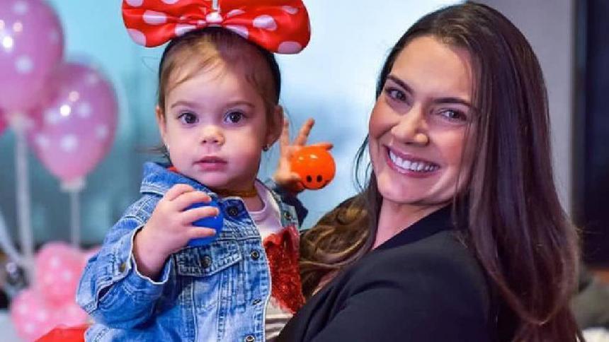"""""""Tengo 43 años y voy a ser mamá nuevamente"""": Jessica de la Peña"""