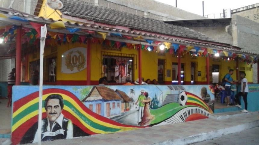 La 100, el primer templo de la salsa en Barranquilla ubicado en el barrio Rebolo.