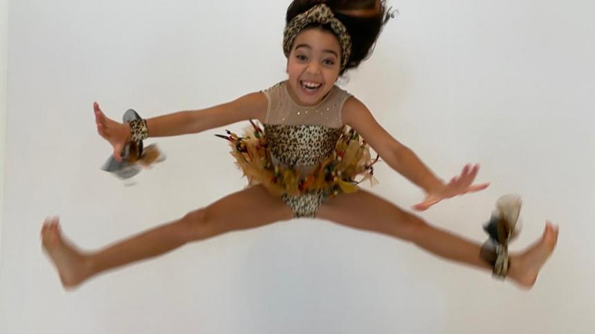 En video   Julie H. de Donado, primera en certamen de danza nacional
