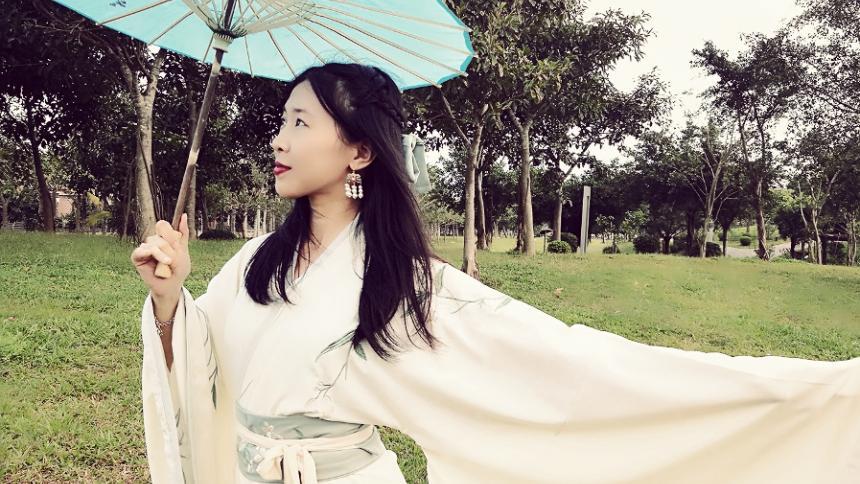 Angela Tongxin Fan, traductora y docente invitada al Festival.