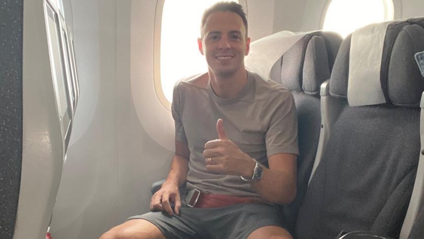 Santiago Arias en el avión que lo trasladó desde Colombia hasta Madrid.