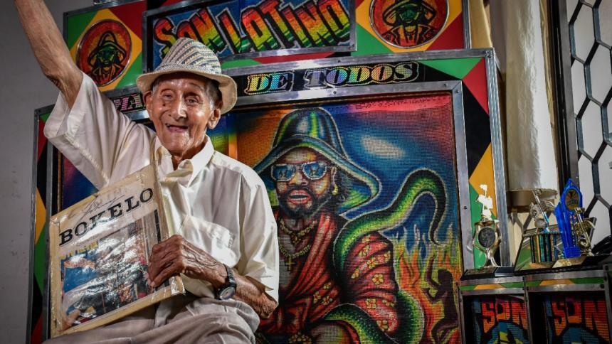 En video | El picotero centenario que goza como joven