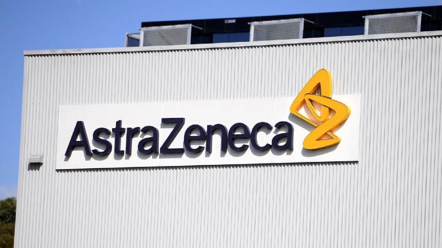 AstraZeneca tendría tres mil millones de dosis de su vacuna en marzo