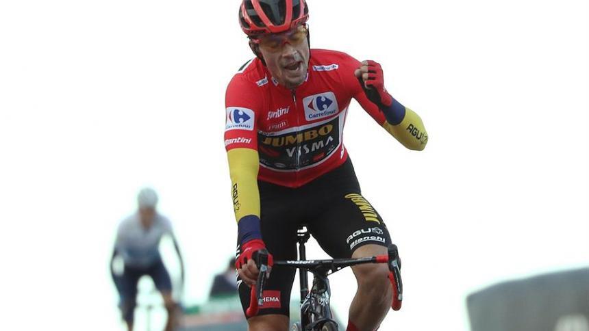 Roglic celebra al final de la etapa de este sábado.