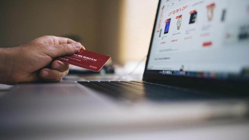 ¿Cómo comprar en línea de forma segura en el Día sin IVA?