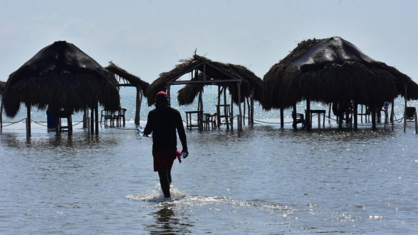 Aspecto de las inundaciones generadas por el paso del huracán Iota en Puerto Velero.
