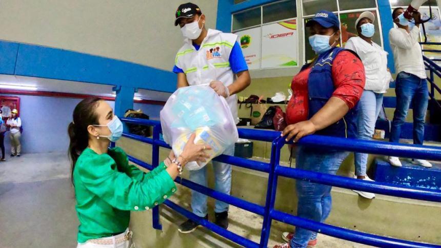 En Cartagena atienden a 200 familias damnificadas por las lluvias