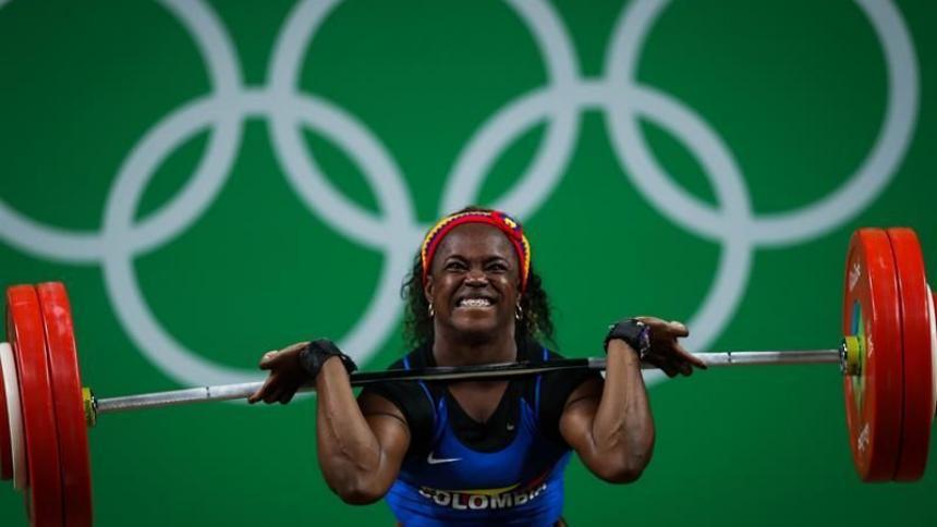 Pesista colombiana Ubaldina Valoyes recibirá bronce olímpico de Londres 2012