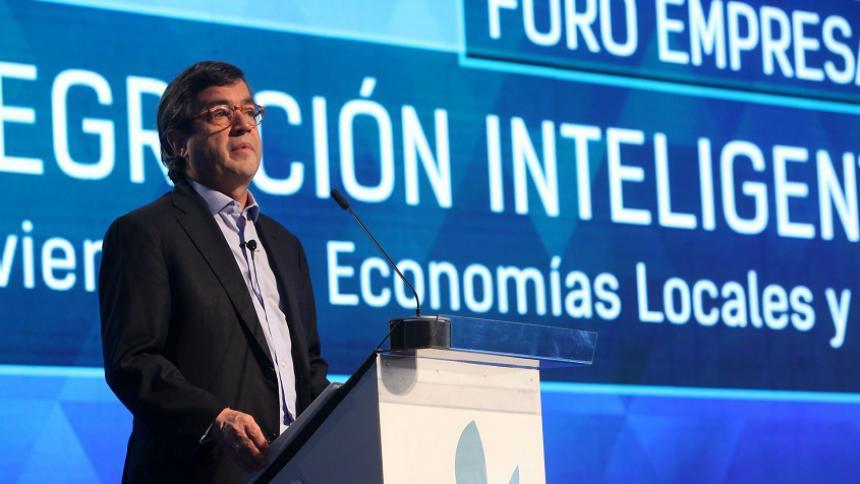 Colombia tiene ventajas para atraer inversiones: Luis A. Moreno