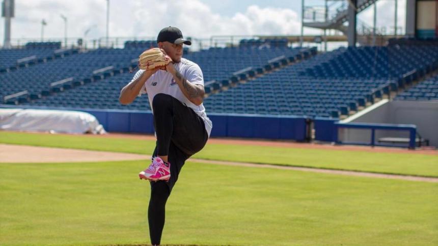 Luis Escobar hará parte de la rotación de lanzadores de Caimanes. El derecho debutó en Grandes Ligas con los Piratas.