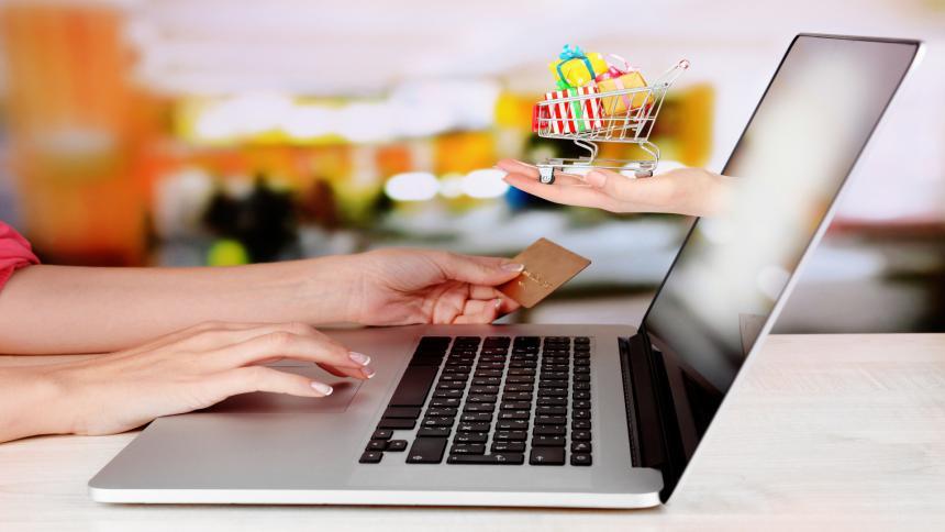 Ventas en línea, la gran apuesta de las firmas de lujo