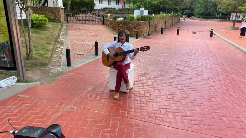Doris Puello cantó desde el municipio de Usiacurí.