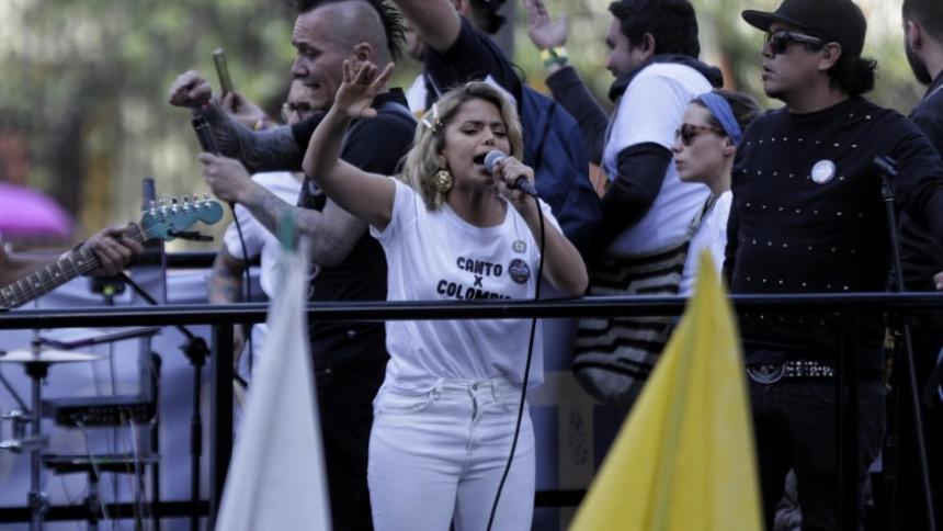 La cordobesa Adriana Lucía es una de las artistas costeñas que participa del concierto virtual.