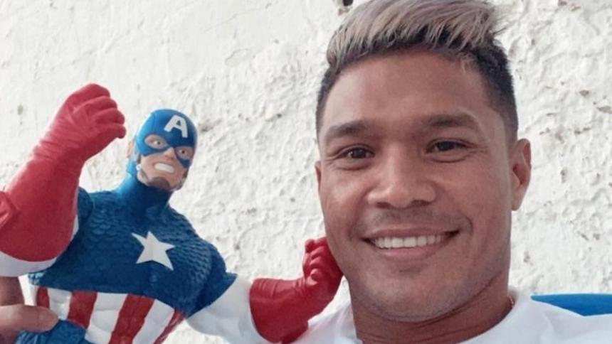 Teófilo Gutiérrez publicó este viernes esta imagen en las historias de su cuenta en Instagram.
