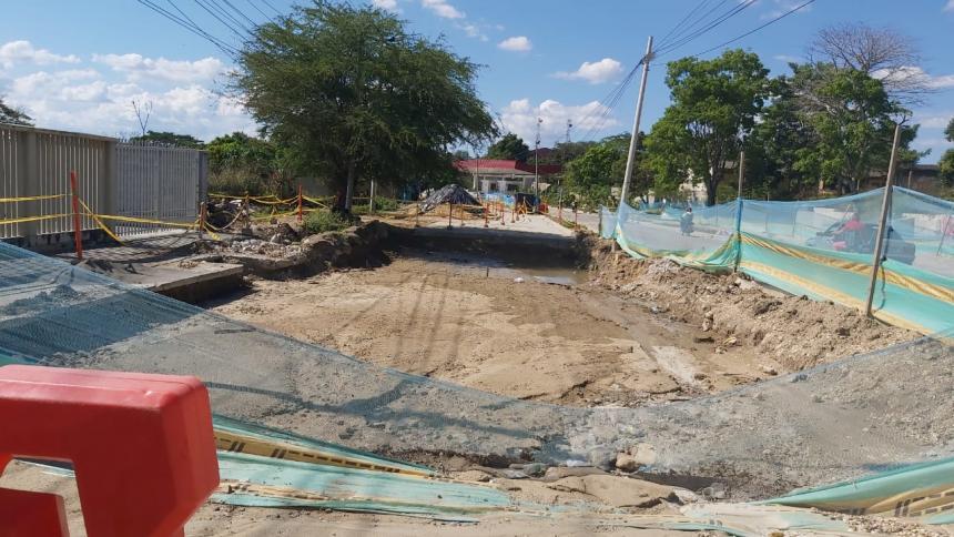 Por demoras en el Par Vial San Carlos sancionaron a contratista