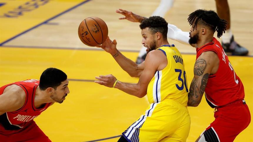 Stephen Curry reivindica protagonismo para los Warriors en la liga