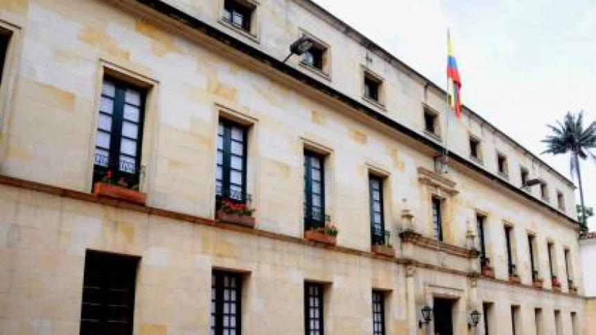 """Los comicios de Venezuela fueron """"fraudulentos e ilegítimos"""": Cancillería"""